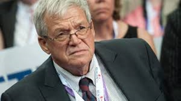 Hastert must get sex offender therapy