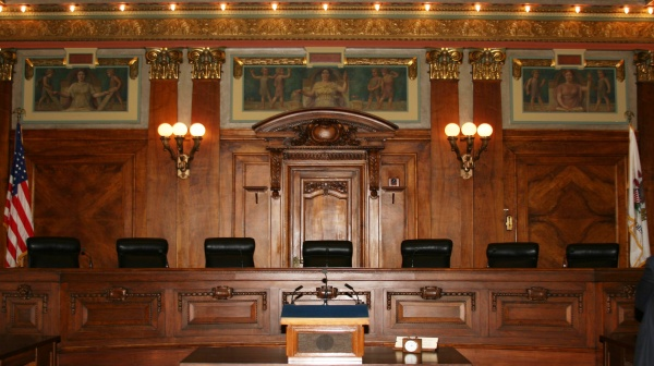 Illinois Supreme Court says no to blanket social media ban for registered sexual offenders
